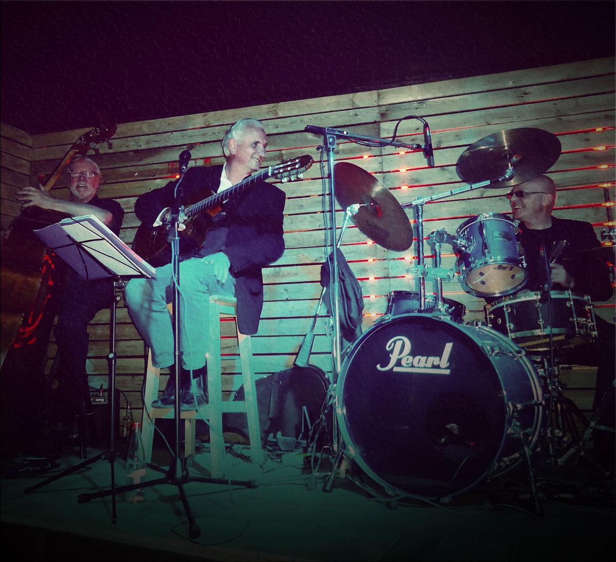 Claudio Favari chante Aznavour